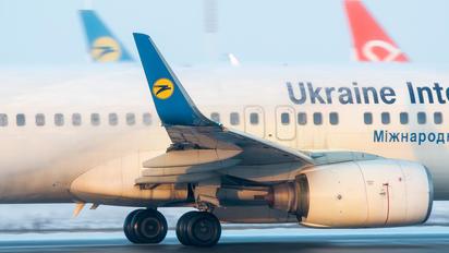 UR-PSO - Ukraine International Airlines Boeing 737-800