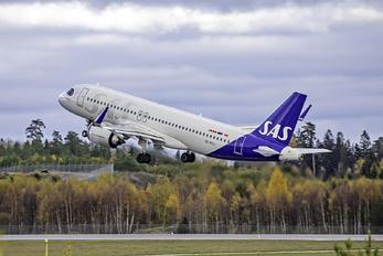 SE-ROJ - SAS - Scandinavian Airlines Airbus A320 NEO