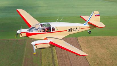 OM-DAJ - Private Aero Ae-145 Super Aero
