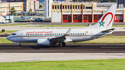 CN-RNV - Royal Air Maroc Boeing 737-700