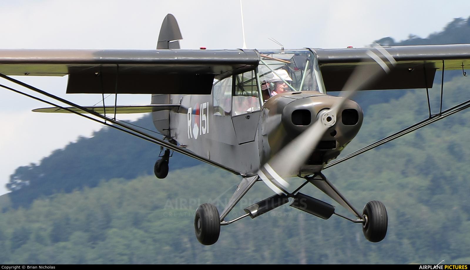 Private G-BIYR aircraft at Welshpool