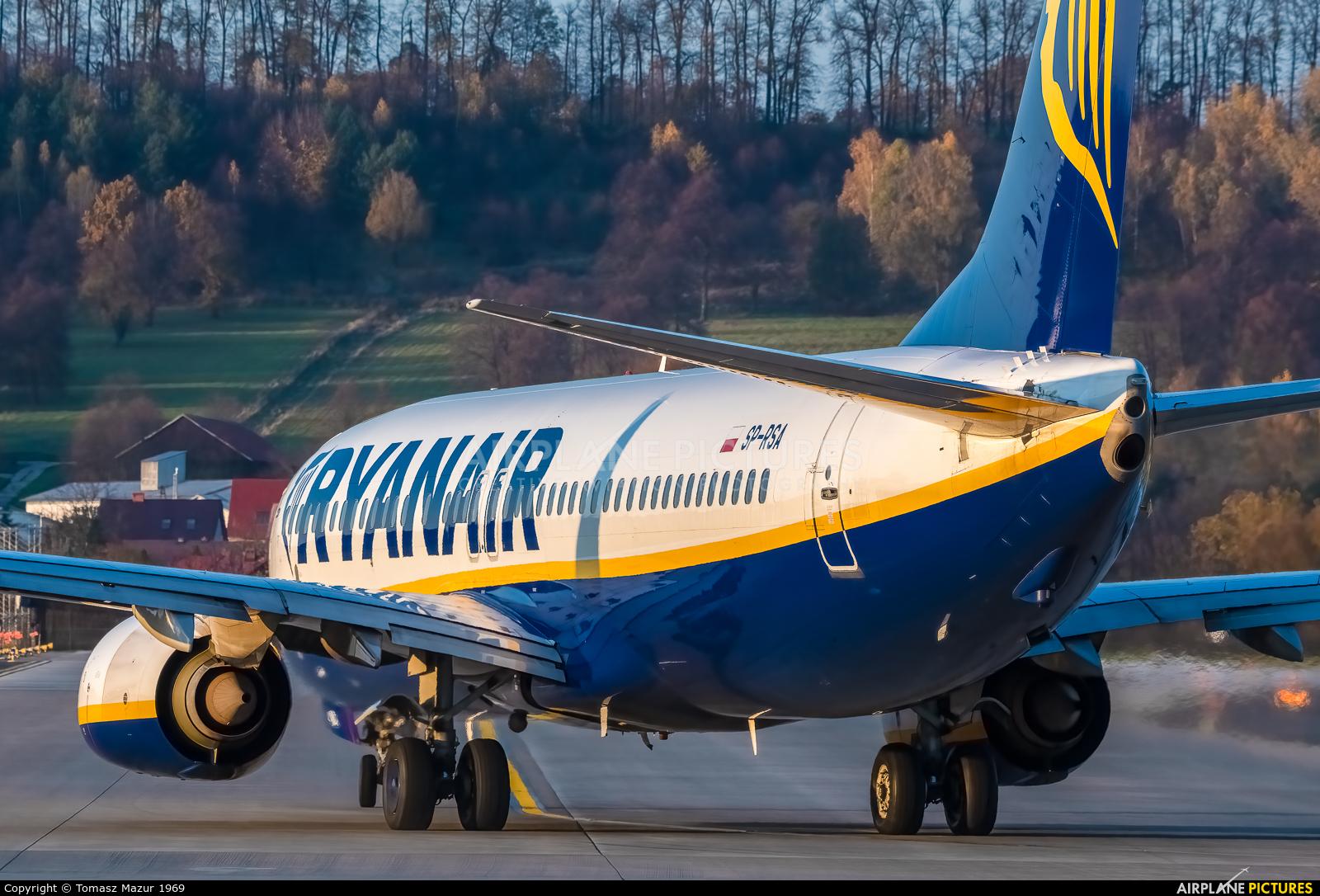 Ryanair Sun SP-RSA aircraft at Kraków - John Paul II Intl