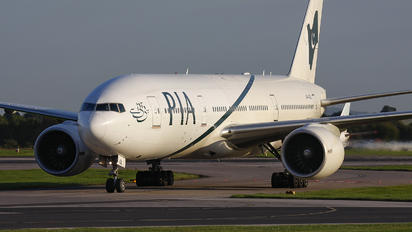 AP-BGL - PIA - Pakistan International Airlines Boeing 777-200ER