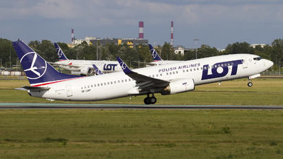 SP-LWF - LOT - Polish Airlines Boeing 737-800