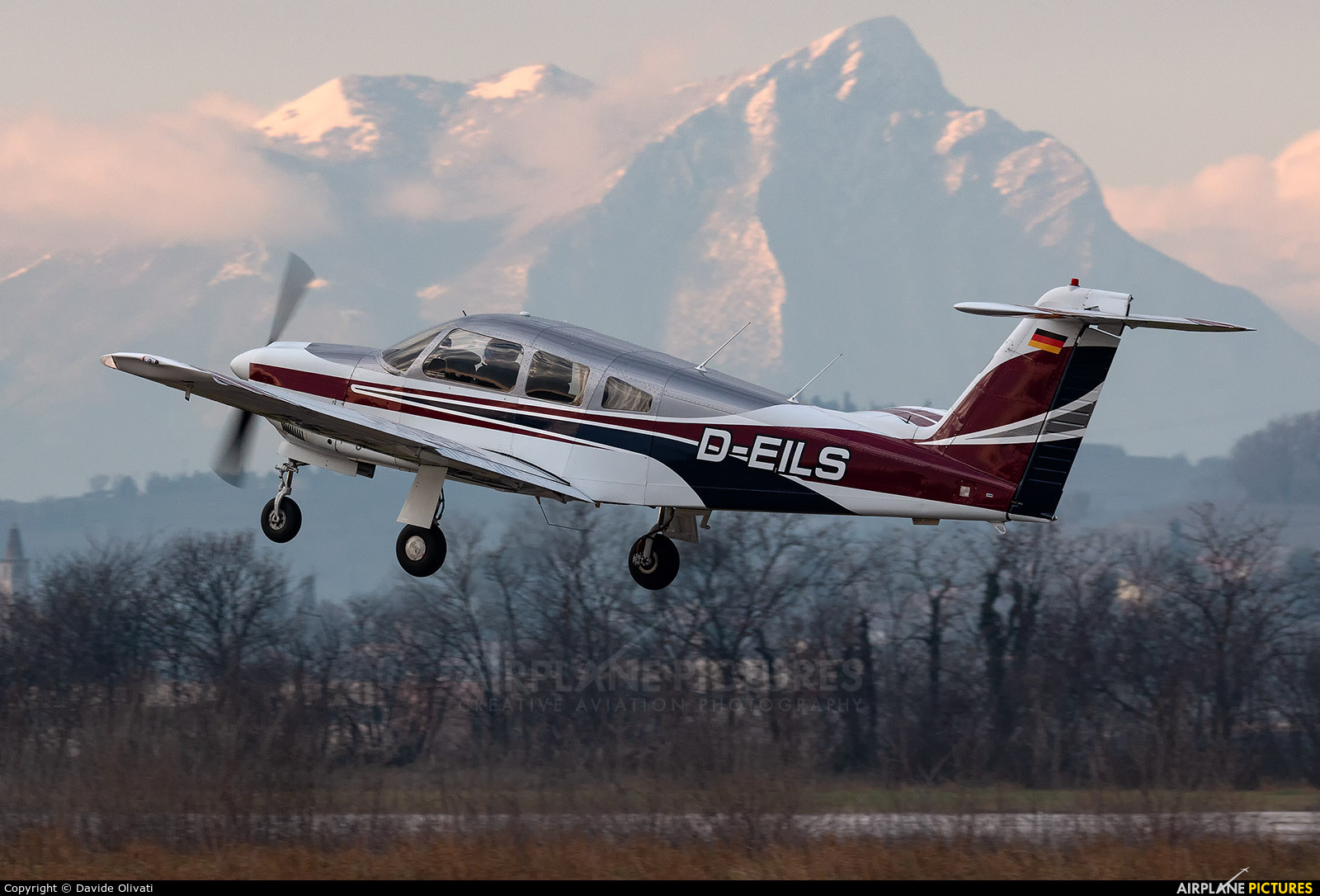 Private D-EILS aircraft at Verona - Boscomantico