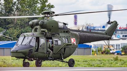 0810 - Poland - Air Force PZL W-3 Sokół