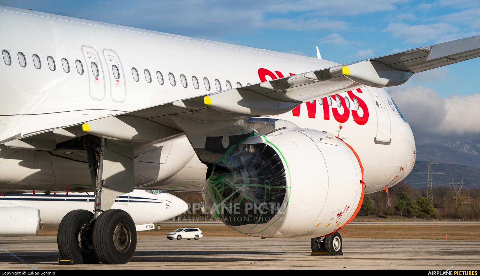 Swiss HB-JPA aircraft at Geneva Intl