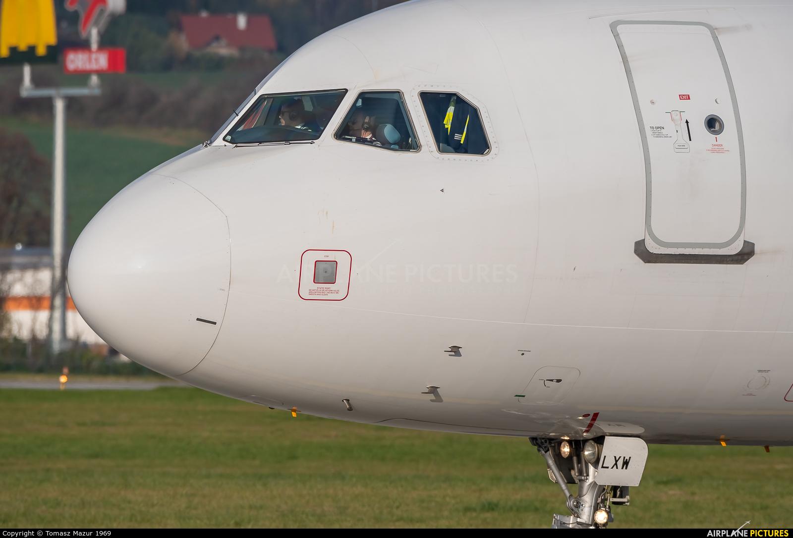 Wizz Air HA-LXW aircraft at Kraków - John Paul II Intl