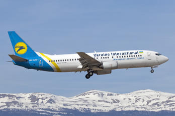 UR-GAO - Ukraine International Airlines Boeing 737-400