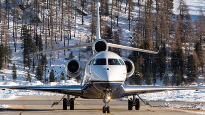 OO-AIE - Private Dassault Falcon 7X