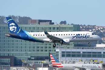 N403SY - Alaska Airlines - Skywest Embraer ERJ-175 (170-200)