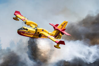 F-ZBFW - France - Sécurité Civile Canadair CL-415 (all marks)