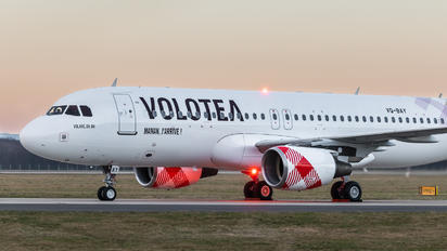 VQ-BAY - Volotea Airlines Airbus A320