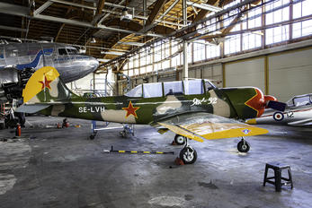 SE-LVH - Private Yakovlev Yak-52