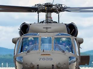7639 - Slovakia -  Air Force Sikorsky UH-60M Black Hawk