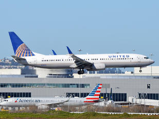 N38451 - United Airlines Boeing 737-900ER