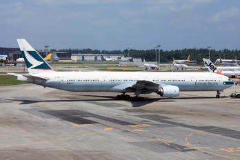B-HNN - Cathay Pacific Boeing 777-300