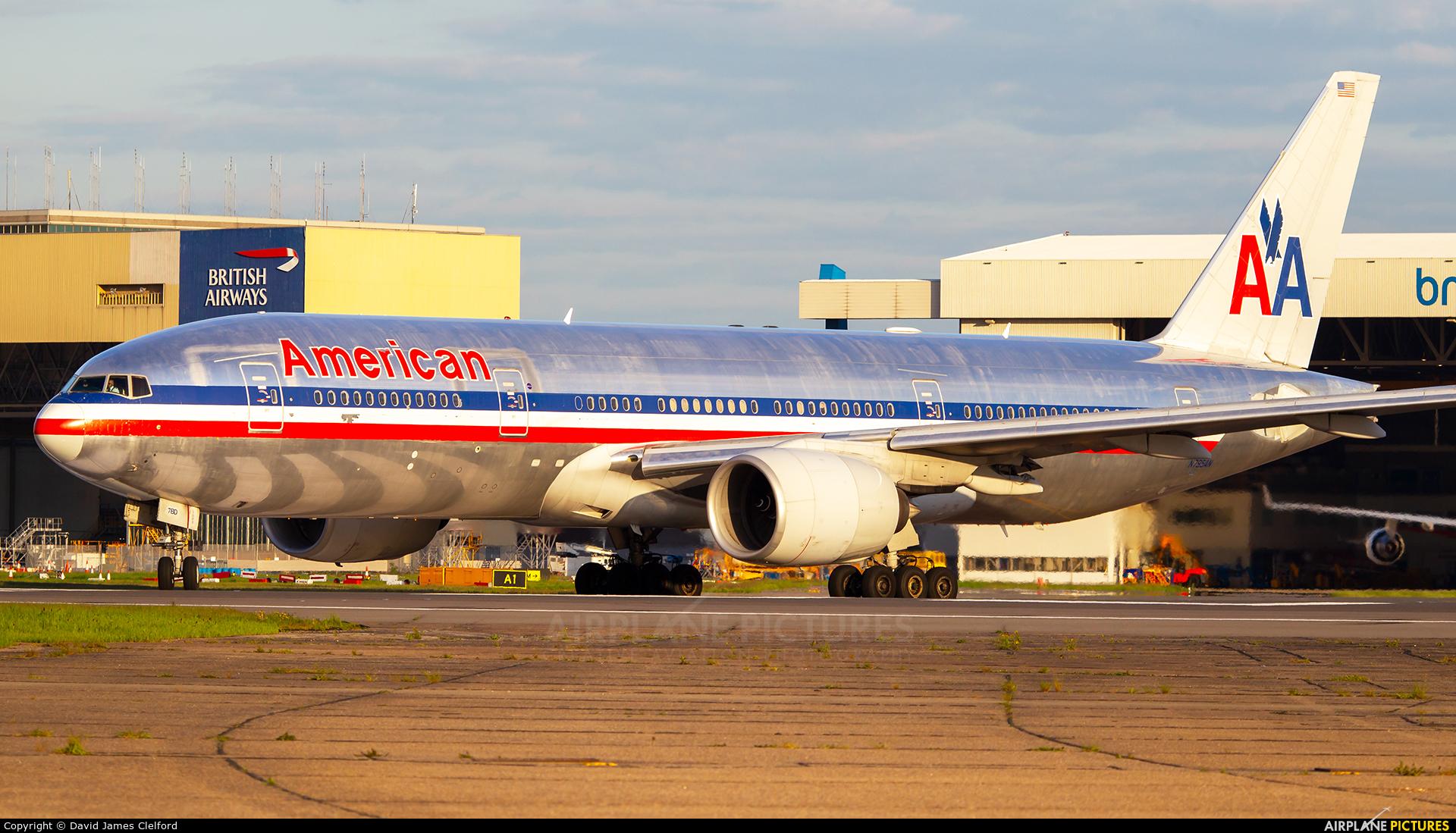 American Airlines N795AN aircraft at London - Heathrow