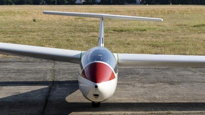 3303 - Aeroklub Warszawski PZL SZD-51 Junior