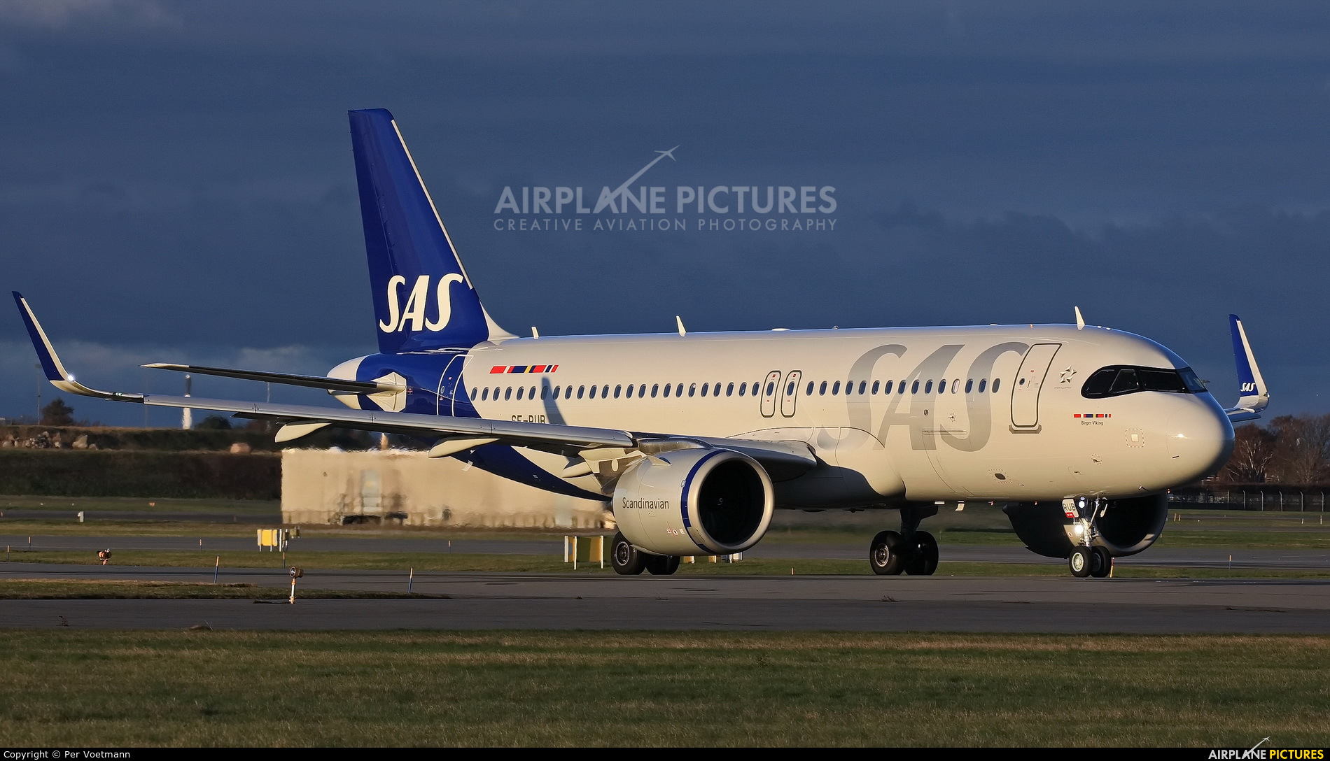 SAS - Scandinavian Airlines SE-RUB aircraft at Copenhagen Kastrup