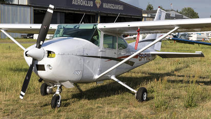 SP-FWL - Private Cessna 182 Skylane (all models except RG)