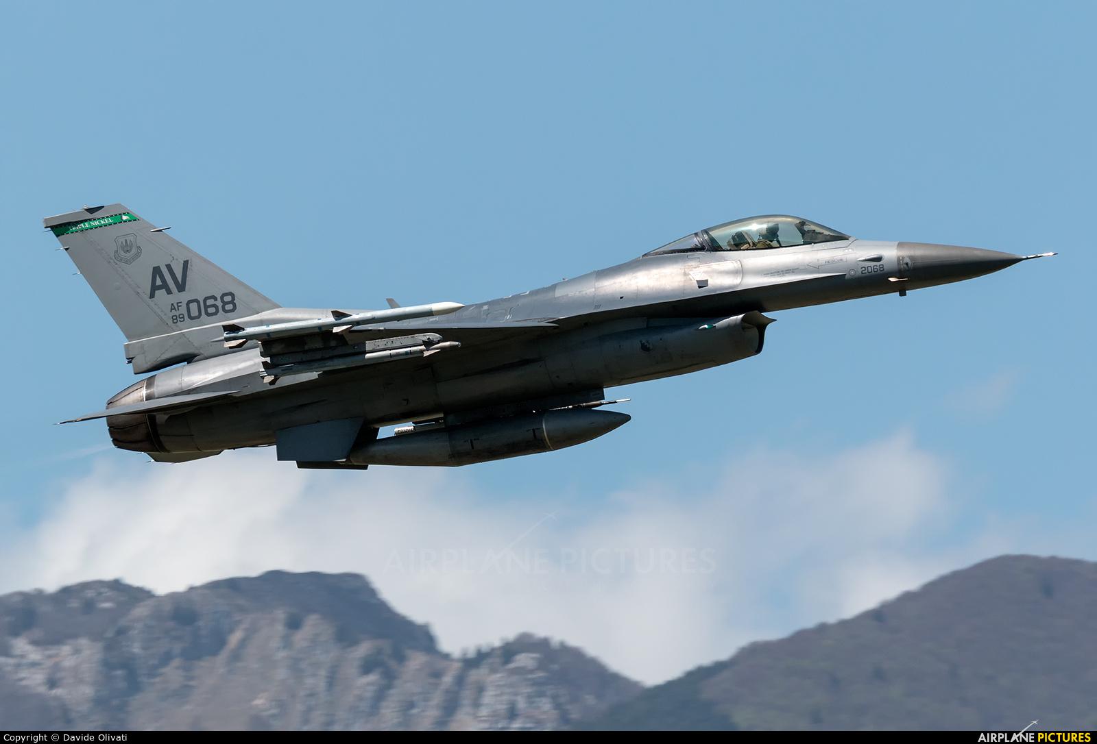 USA - Air Force 89-2068 aircraft at Aviano