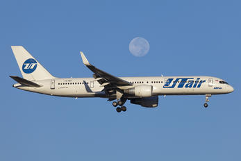 VQ-BEY - UTair Boeing 757-200WL
