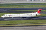 JA006D - JAL - Japan Airlines McDonnell Douglas MD-90 aircraft