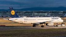 D-AISO - Lufthansa Airbus A321 aircraft