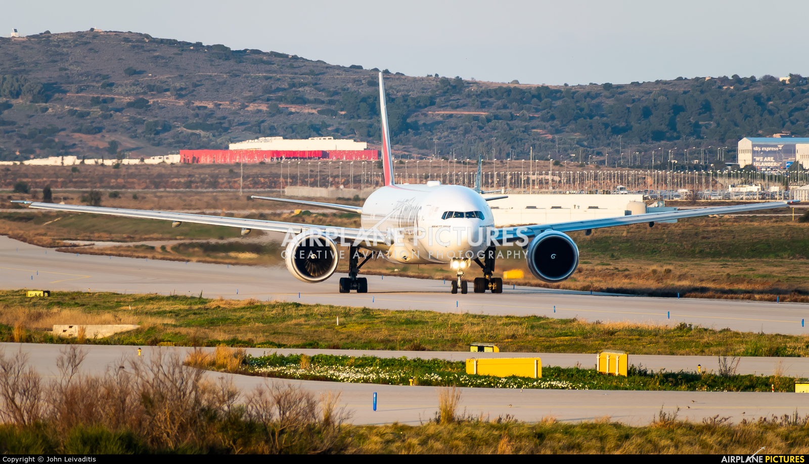 Emirates Airlines A6-ECR aircraft at Athens - Eleftherios Venizelos