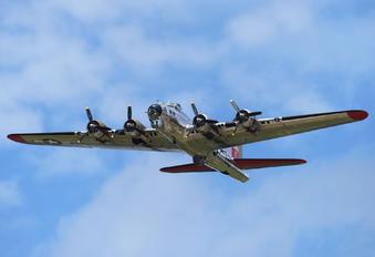N3193G - Yankee Air Force Boeing B-17G Flying Fortress