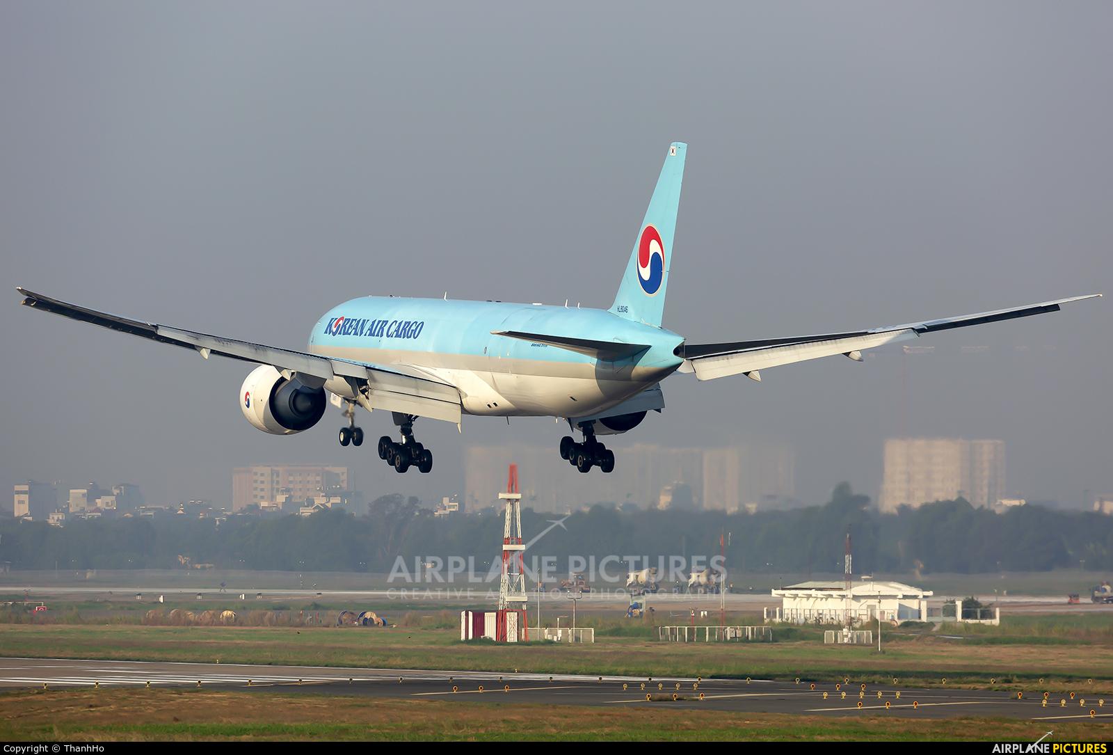 Korean Air Cargo HL8046 aircraft at Ho Chi Minh City - Tan Son Nhat Intl