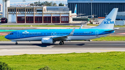 PH-BCK - KLM Boeing 737-800