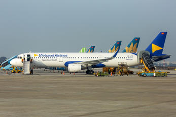 VN-A278 - Vietravel Airlines Airbus A321