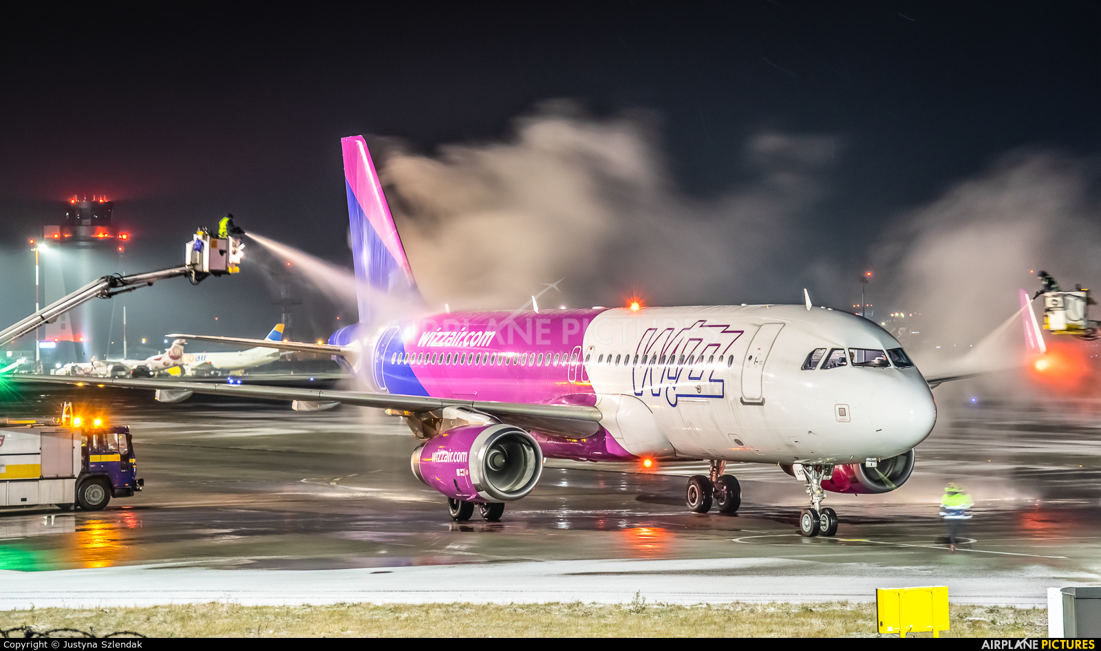 Wizz Air HA-LYZ aircraft at Katowice - Pyrzowice