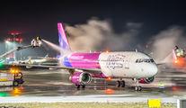 Wizz Air HA-LYZ image