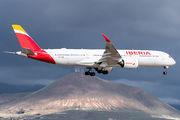 Rare visit of Iberia A350 to Tenerife Reina Sofia title=