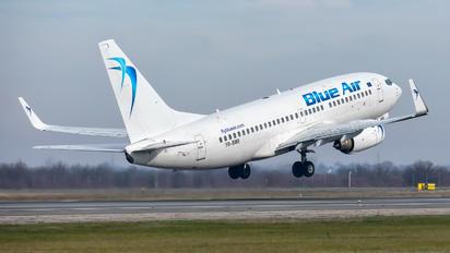 YR-BMR - Blue Air Boeing 737-700
