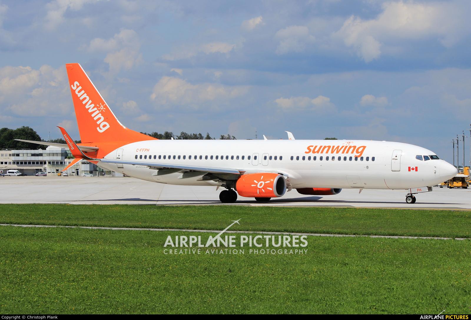 Sunwing Airlines C-FFPH aircraft at Salzburg
