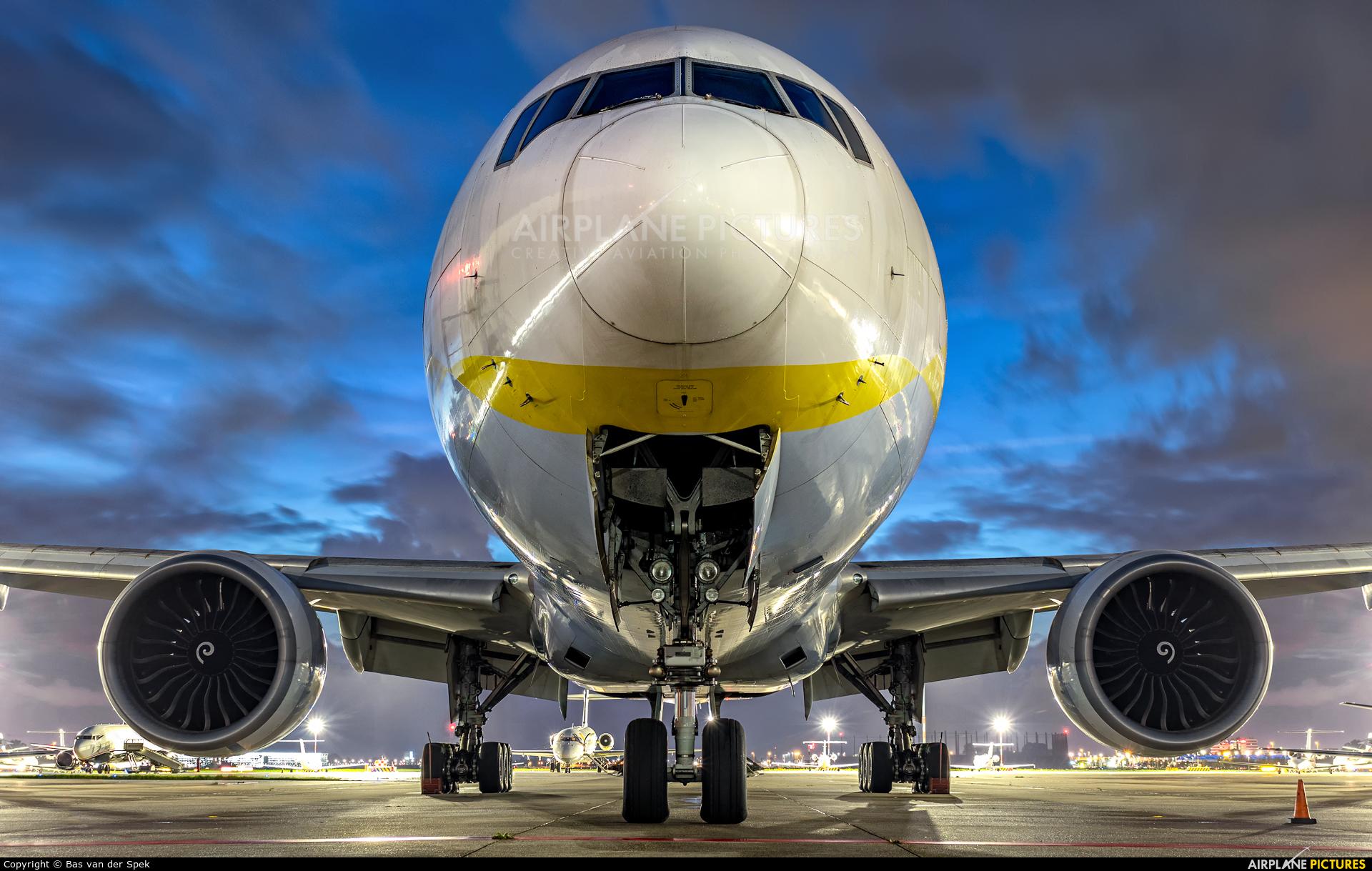 Jet Airways VT-JEW aircraft at Amsterdam - Schiphol