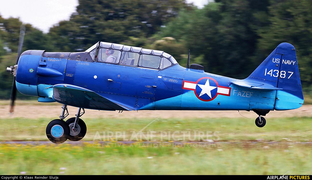 Private F-AZEF aircraft at Melun-Villaroche