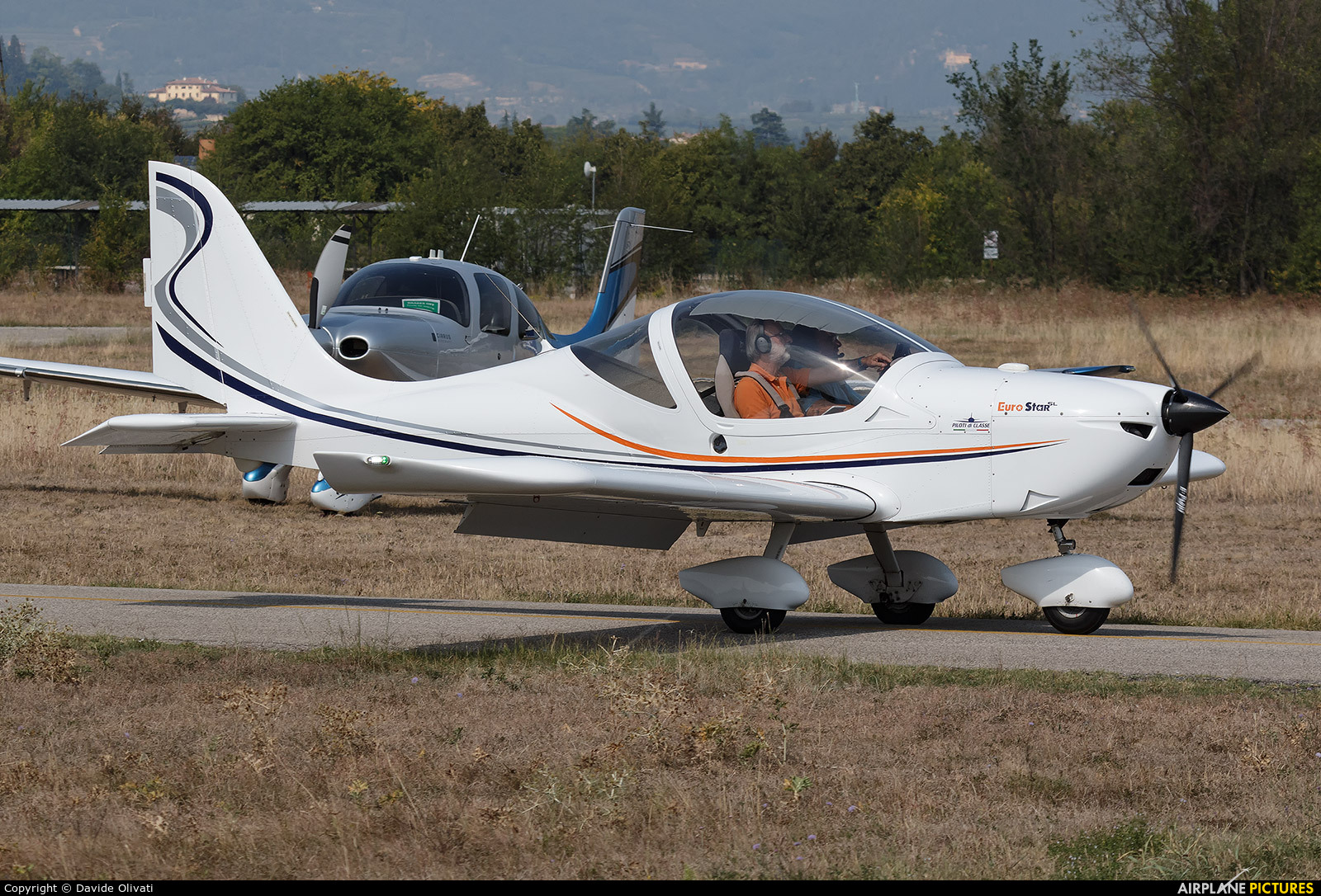 Private I-A844 aircraft at Verona - Boscomantico