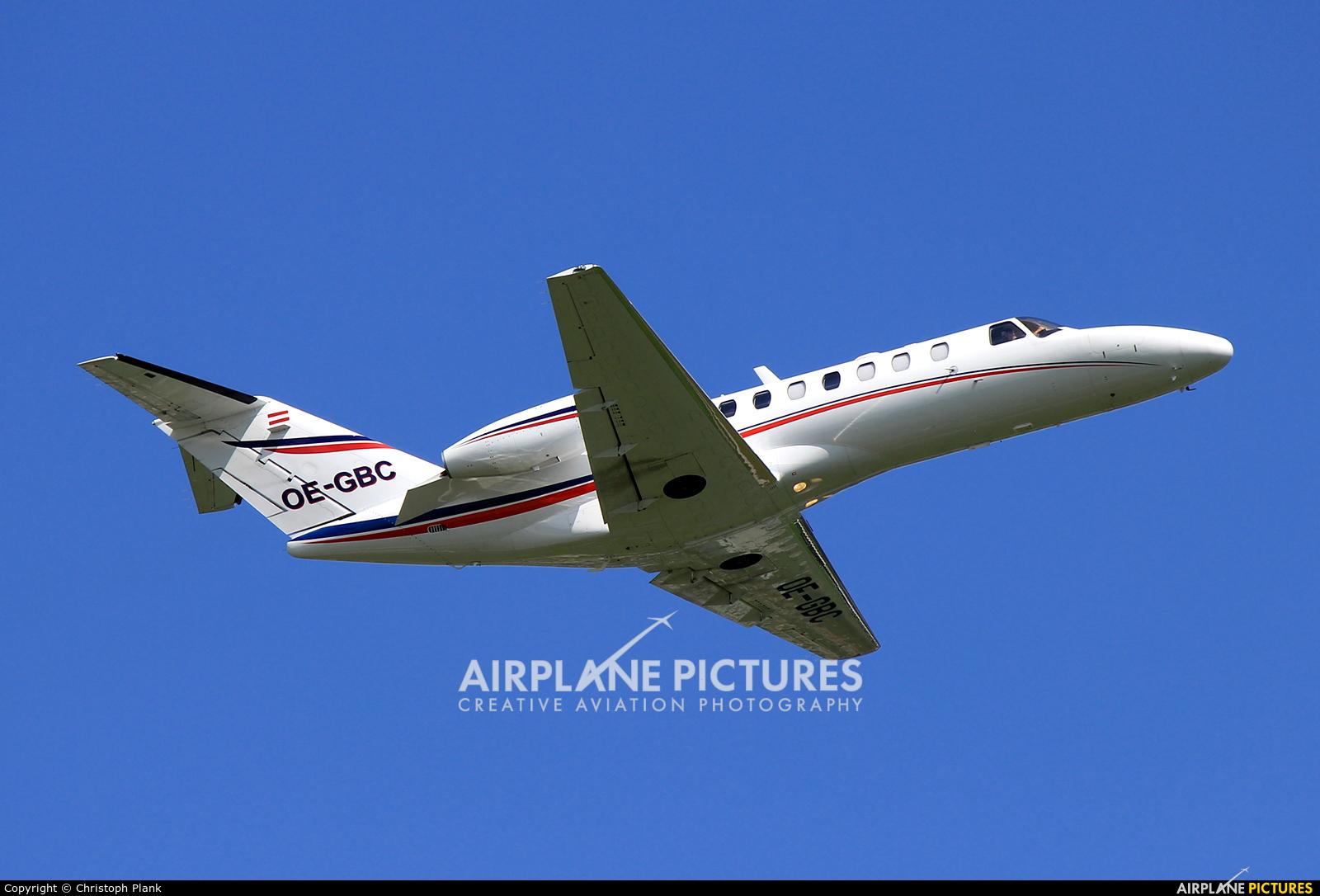 Air Link OE-GBC aircraft at Salzburg