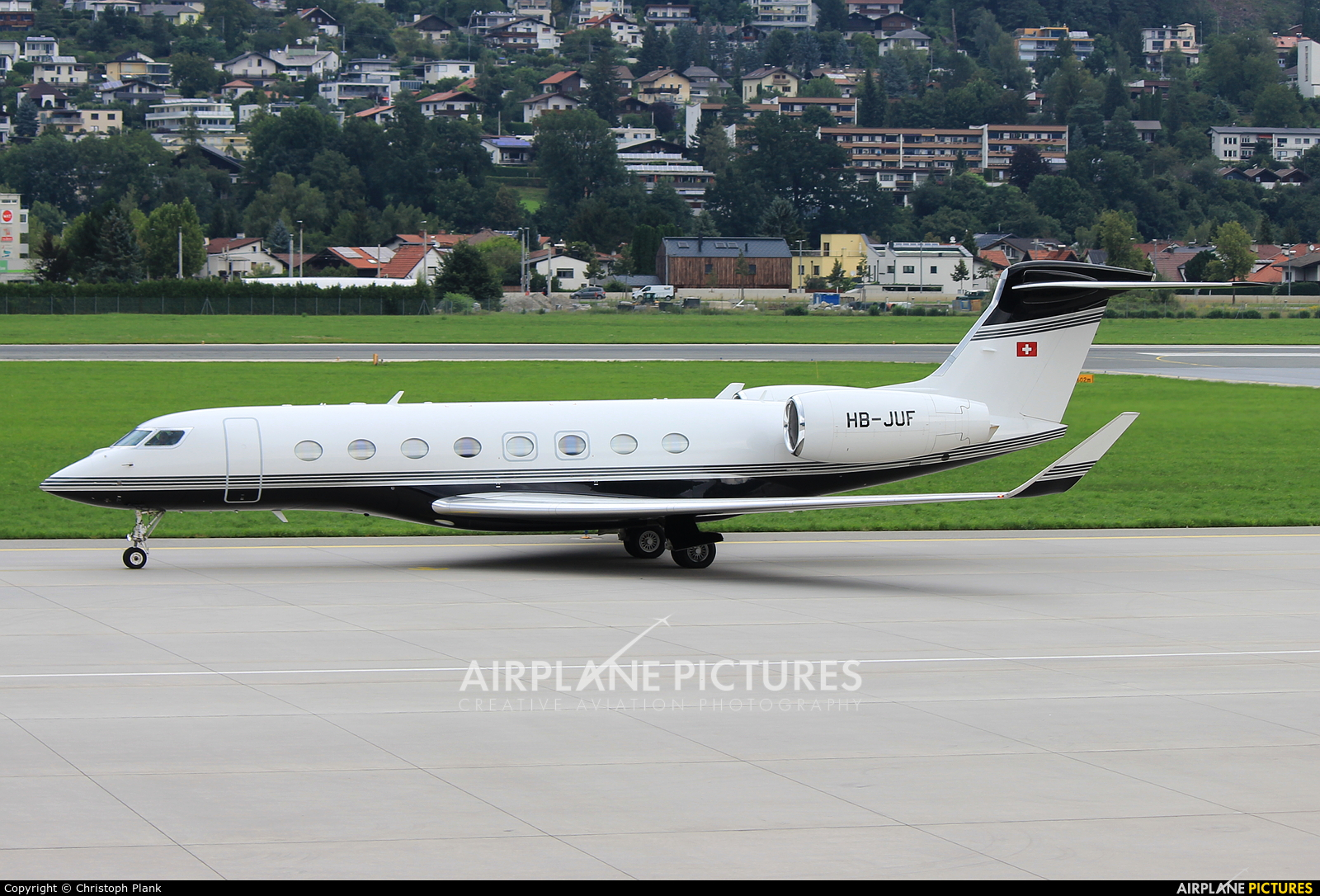Swiss Jet HB-JUF aircraft at Innsbruck