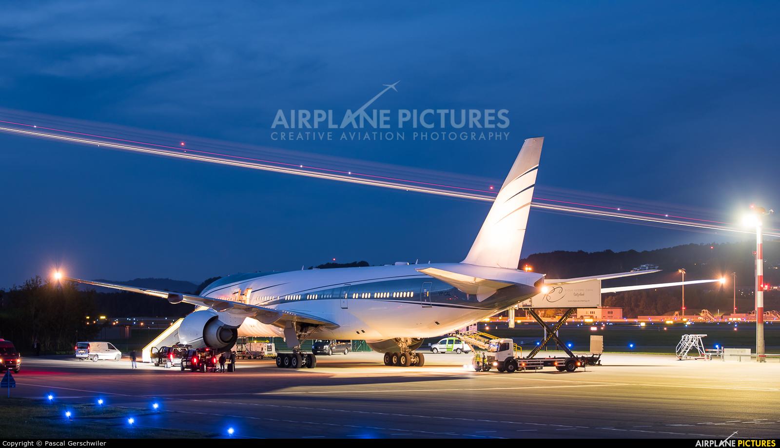 Aviation Link VP-CAL aircraft at Zurich
