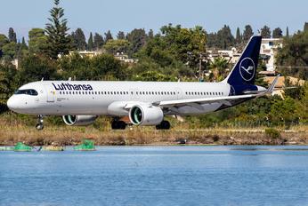 D-AIEI - Lufthansa Airbus A321 NEO