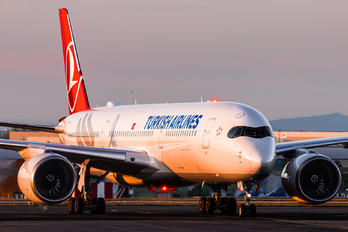 TC-LGE - Turkish Airlines Airbus A350-900