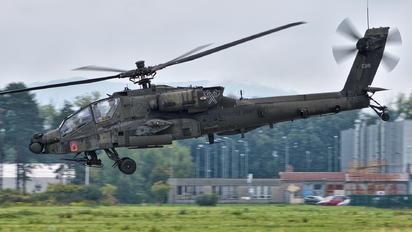 09-05596 - USA - Army Boeing AH-64D Apache