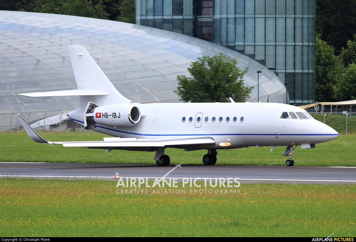 Private HB-IBJ aircraft at Salzburg