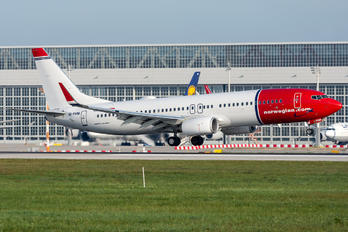 EI-FHM - Norwegian Air International Boeing 737-800